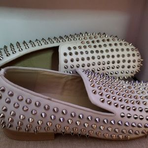 Lv Size 41 white studded shoes